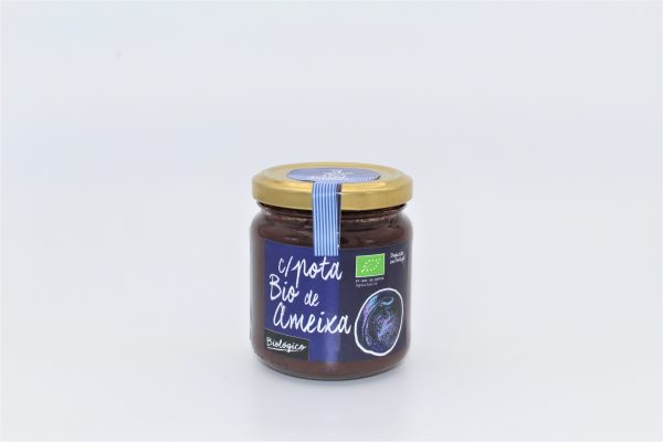 Farmed by nature Plum jam